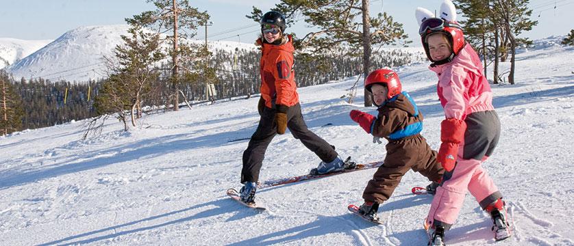 finland_lapland_yllas_kindergarten-ski-school.jpg